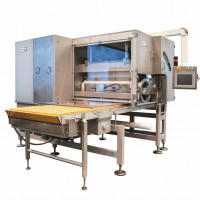 The GFW 1045 cereal former (left) is designed for large production quantities.