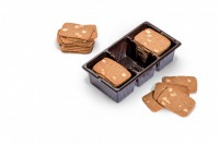 Destrooper-Olivier supplies its Almond Thins in three different tray formats with two to four compartments.